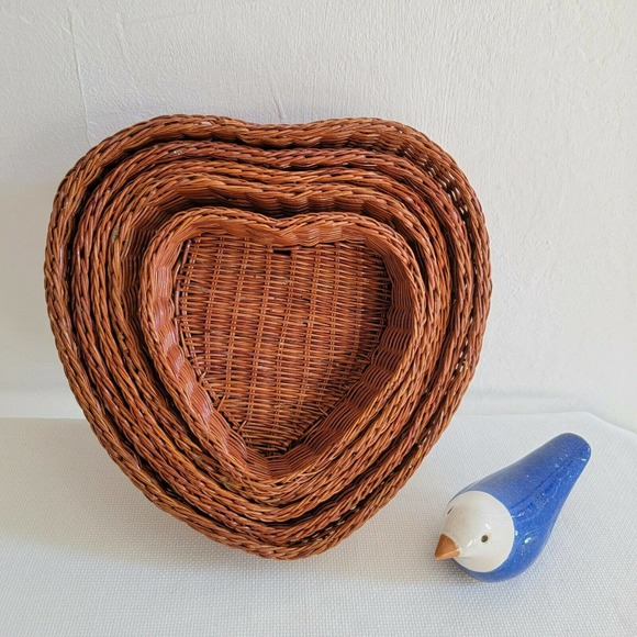 Heart Shaped Wicker Nesting Baskets Wall Decor